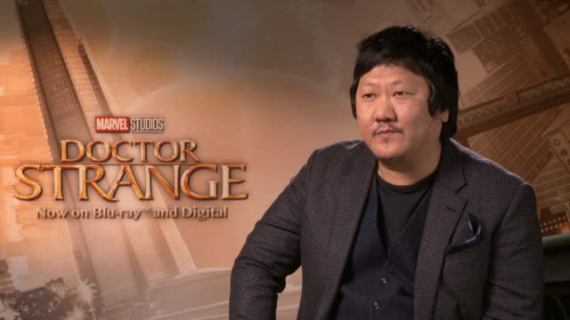 stockvideo's en b-roll-footage met interview benedict wong on critics response to the film at marvel studios 'doctor strange' bluray launch on january 25 2017 in london england - criticus