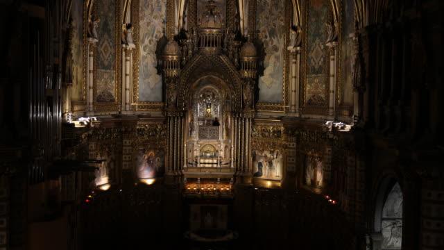 benedictine abbey santa maria de montserrat in spain - monastero video stock e b–roll