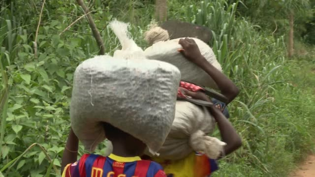 benin_afrika_small village school child writing - school child stock videos & royalty-free footage