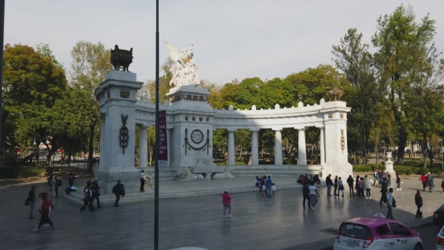 benito juarez monument in mexico city - monument stock videos & royalty-free footage