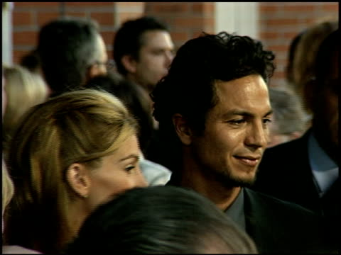 benjamin bratt at the 'runaway bride' premiere on july 25 1999 - benjamin bratt stock videos & royalty-free footage