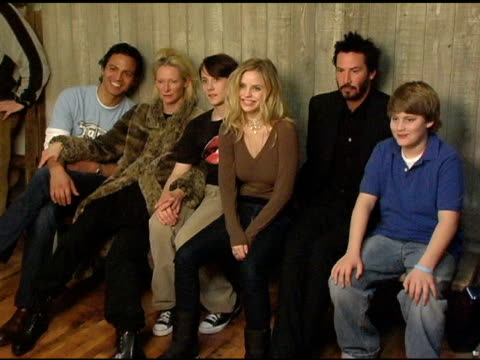 benjamin bratt tilda swinton lou pucci kelli garner keanu reeves and chase offerle at the 2005 hp portrait studio presented by wireimage at hp... - benjamin bratt stock videos & royalty-free footage