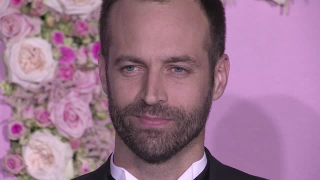 benjamin millepied, eva herzigova and clotilde courau attend a photocall during the ballet national de paris opening season gala at opera garnier on... - オペラ座点の映像素材/bロール