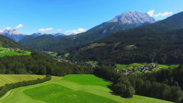 berchtesgadener ランドと実装ヴァッツマン - ベルヒテスガーデナーランド点の映像素材/bロール