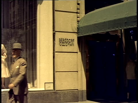 1940 ms bergdorf goodman store exterior / new york city, new york, usa - bergdorf goodman stock videos and b-roll footage