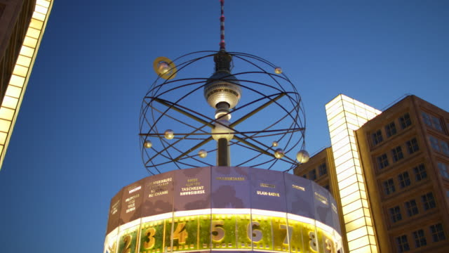 berlin alexanderplatz television tower detail night view with lights - alexanderplatz stock videos & royalty-free footage