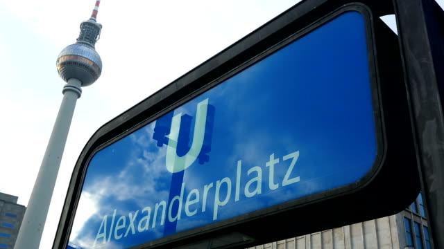 Berlin Alexanderplatz, Time Lapse