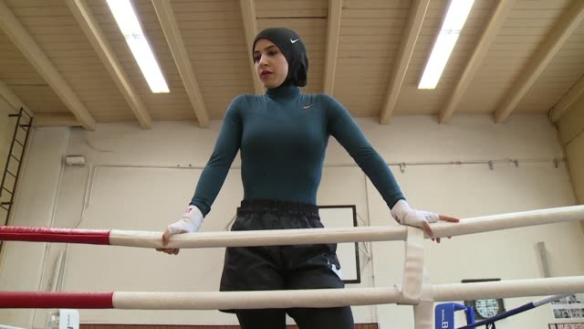 berlin boxer zeina nassar's fighting spirit has won her plenty of titles but her battle to wear the hijab in the ring has also made her an equal... - hijab stock videos & royalty-free footage