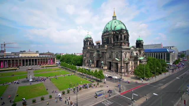 berlin cathedral, berlin, germany - establishing shot stock-videos und b-roll-filmmaterial