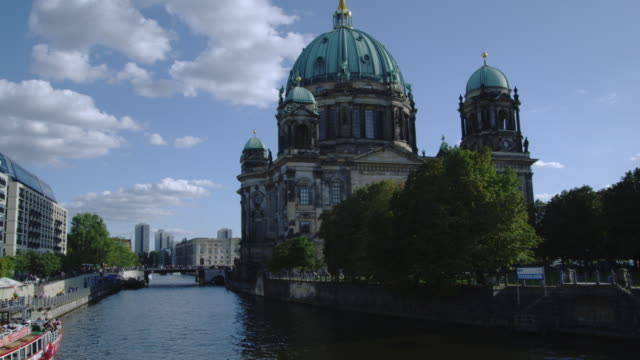 Berlin Cathedral overlooks the Spree River.