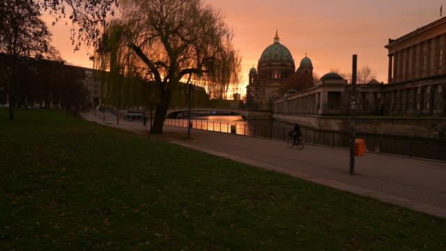 berlin cathedral sunrise skyline steady cam dolly shot - berlin video stock e b–roll