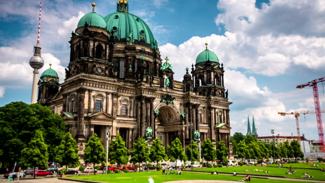 TIME LAPSE: Berlin Cathedral