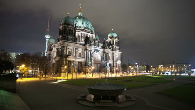 TIME LAPSE: Berlin Dome