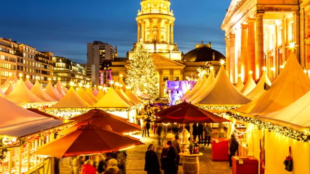berlin gendarmenmarkt at christmas time - christmas market stock videos & royalty-free footage