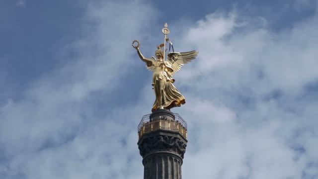 berlin - golden else - monumente stock videos & royalty-free footage