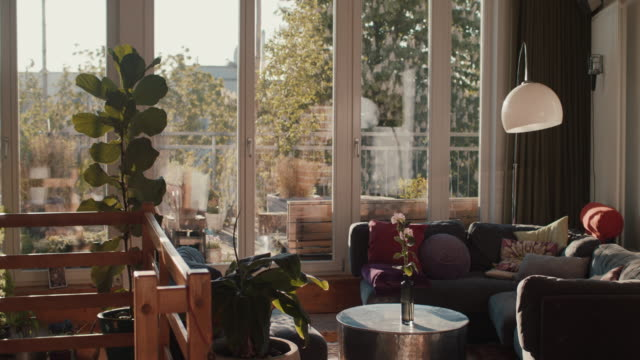 stockvideo's en b-roll-footage met berlin loft with roof garden - loft apartment