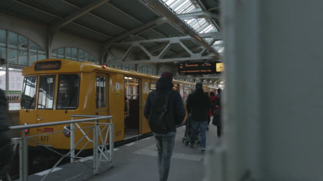 Berlin metro train at Station Warschauer Strasse