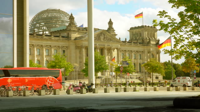 berlin reichstag building, sunny - german flag stock videos & royalty-free footage