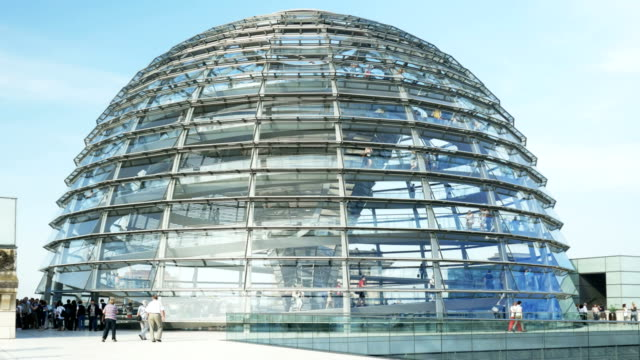 ws berlin reichstag dome (4k/uhd to hd) - cupola video stock e b–roll