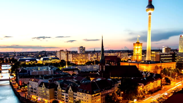 Berlin Skyline at Night, time lapse