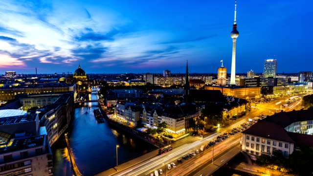 berlin skyline at sunset, time lapse - river spree stock videos & royalty-free footage
