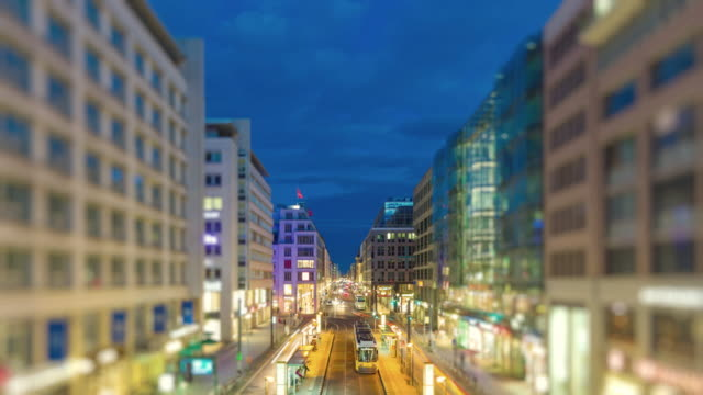 Berlin Skyline Night Szene Tilt Shift Look Timelapse with Traffic and Lights