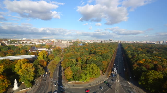 berlin skyline, time lapse - herbst stock videos & royalty-free footage