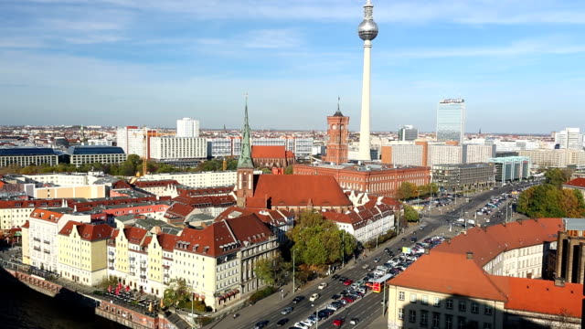berlin skyline - full length stock-videos und b-roll-filmmaterial