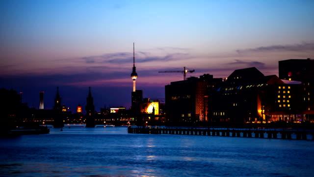 Berlin Skyline mit oberhof bobsleigh track