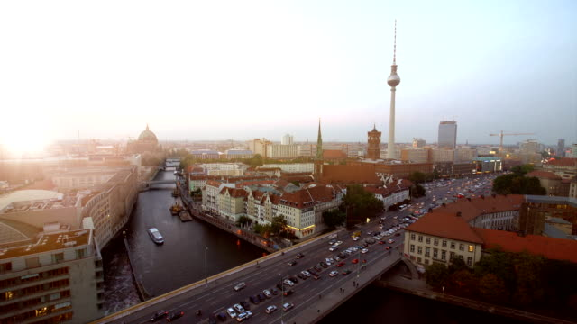 Berlin Skyline with sun, Realtime