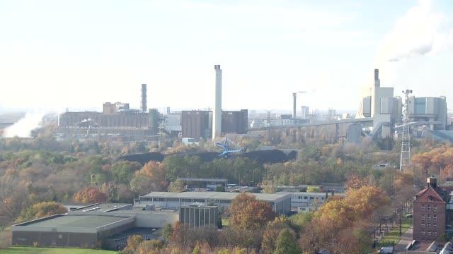 stockvideo's en b-roll-footage met berlin suburbs - factories - mens gemaakte bouwwerken