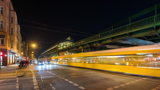 berlin timelapse at night eberswaldestrasse u-bahn station - elevated train stock videos & royalty-free footage