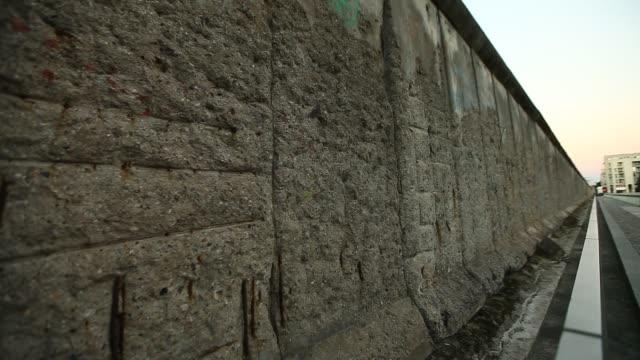 berlin wall - 1961 stock videos & royalty-free footage