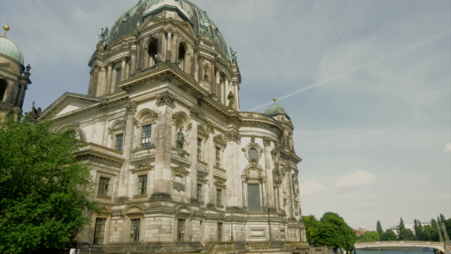 berliner dom,river spree,boats,td - river spree stock videos & royalty-free footage