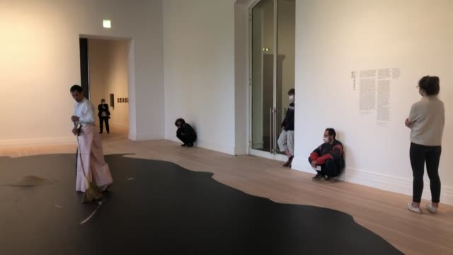 DEU: Berlin museums to reopen after weeks of closing due du COVID-19