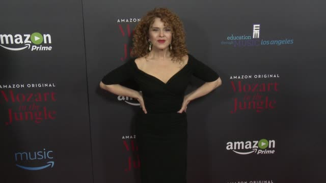 bernadette peters at mozart in the jungle premiere event in los angeles ca - バーナデット ピータース点の映像素材/bロール