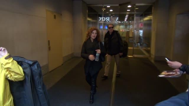 bernadette peters leaving the today show in rockefeller center celebrity sightings in new york on nov 17 2014 in new york city new york - バーナデット ピータース点の映像素材/bロール