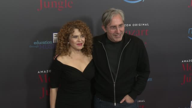 bernadette peters paul weitz at mozart in the jungle premiere event in los angeles ca - バーナデット ピータース点の映像素材/bロール