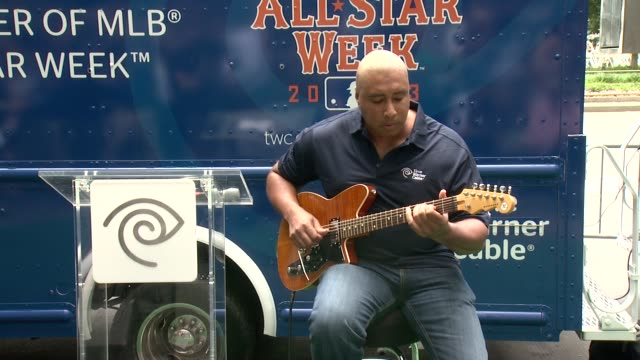 bernie williams at time warner cable's launch of twc wifi in manhattan at time warner center on july 11 2013 in new york new york - time warner center stock videos & royalty-free footage