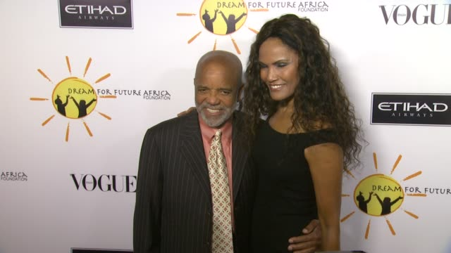 berry gordy at gelila and wolfgang puck's dream for future africa foundation gala in beverly hills, ca, on . - ウォルフギャング パック点の映像素材/bロール