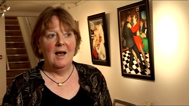 vídeos de stock, filmes e b-roll de beryl cook dies jess wilder interview sot cook painting featuring man and woman eating in restaurant eric knowles interview sot cook artwork... - short curto