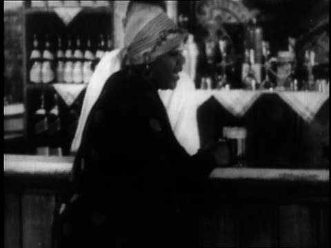 bessie smith singing in a scene from the movie st louis blues / new york city new york united states - 30 sekunden oder länger stock-videos und b-roll-filmmaterial
