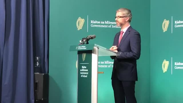 best audio available. ireland's children's minister roderic o'gorman speaks on the issue of illegal adoptions at government buildings in dublin. - audio available bildbanksvideor och videomaterial från bakom kulisserna