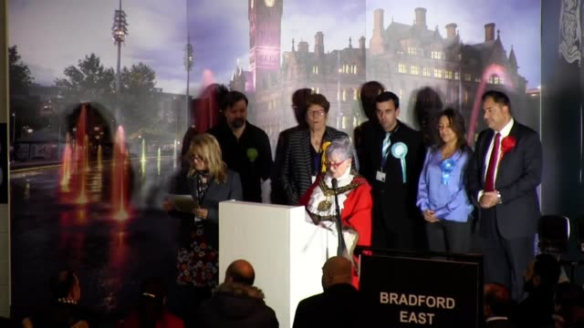 stockvideo's en b-roll-footage met *best audio available* the results for bradford south, east and west constituencies are announced, with labour holding onto all three seats. - audio available