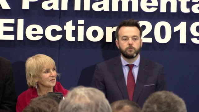 vídeos y material grabado en eventos de stock de best audio available. what was initially thought to be a tight race saw the sdlp's colum eastwood win back the foyle seat from sinn fein's elisha... - provincia de ulster