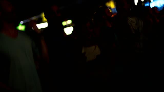 vidéos et rushes de meilleur festival de tous les temps - audience de festival