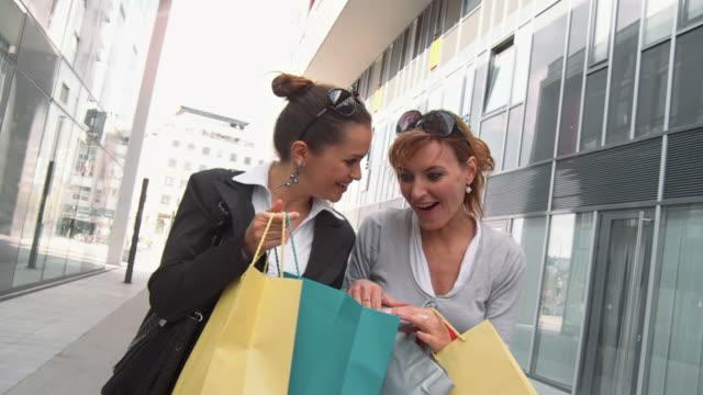 HD SLOW-MOTION: Best Friends Shopping