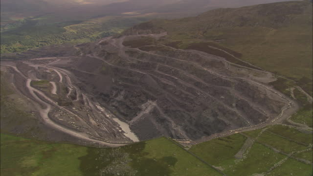 bethesda slate quarry - snowdonia stock videos & royalty-free footage