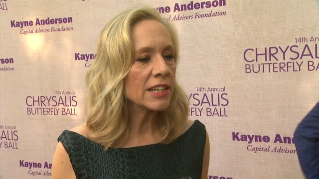 interview betsy beers on being honored at the event at 14th annual chrysalis butterfly ball in los angeles ca - chrysalis butterfly ball video stock e b–roll