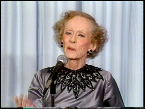 bette davis at the 1987 academy awards at dorothy chandler pavilion in los angeles california on march 30 1987 - dorothy chandler pavilion stock videos and b-roll footage